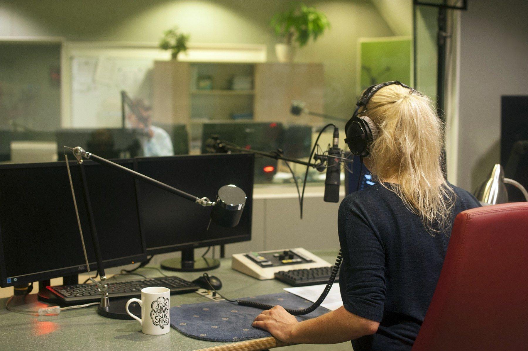 radiostudio2